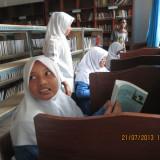 Syuting di Perpustakaan