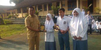Siswa SMA Plus Darussalam juara 1 lomba debat SLTA se-Jabar-DKI-Banten Aresta 2017